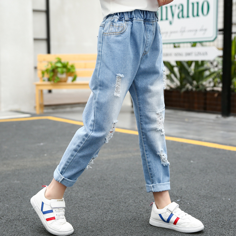 972183be90c8 Girls pants summer jeans 2019 new tide in the Big child 6 Korean version 8  foreign 10 loose 15-year-old pants girl