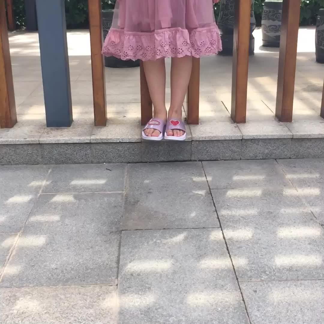 Fancy Beautiful Kids Shoes Wholesale Bling Slide Girls Children Slippers