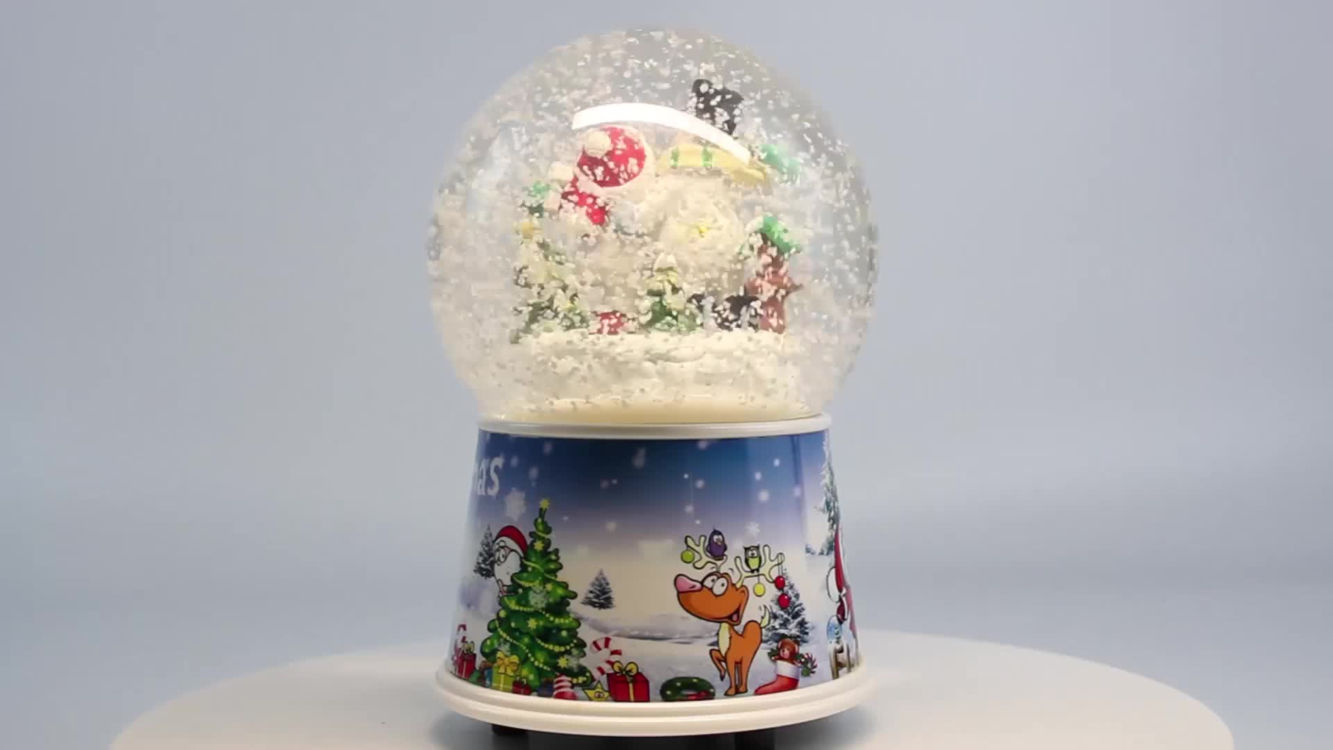 Base acrilica di scintillio cupola di vetro resina Di Natale pupazzo di neve musicale globi di neve per la vendita
