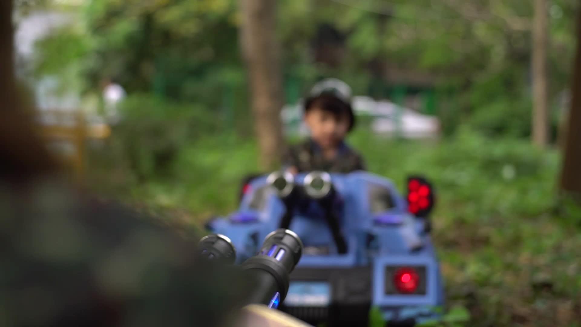 Tangki Baterai Mobil Listrik Anak-anak Berkendara Pada 12V/Mainan Anak-anak Mengendarai Mobil Listrik untuk Grosir