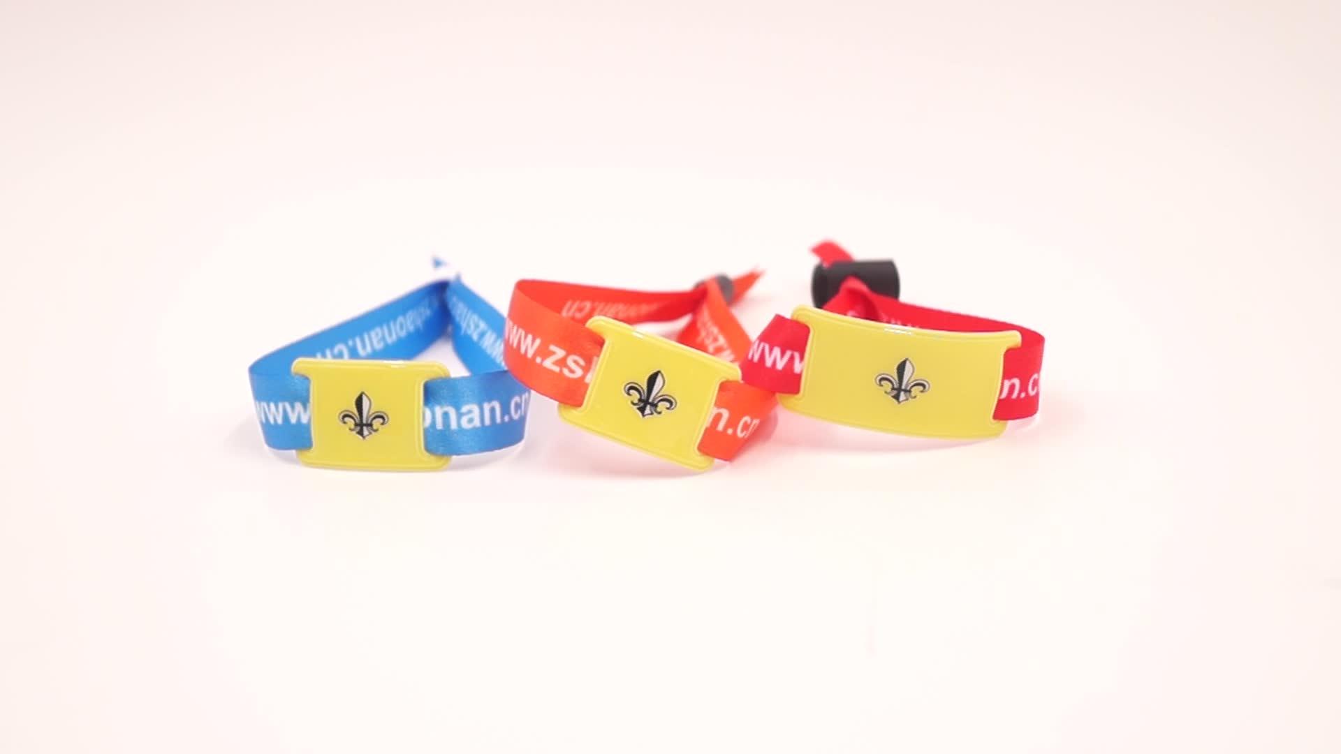 רך כרטיס שבב Wristbands מותאם אישית הדפסת UHF RFID Wristbands
