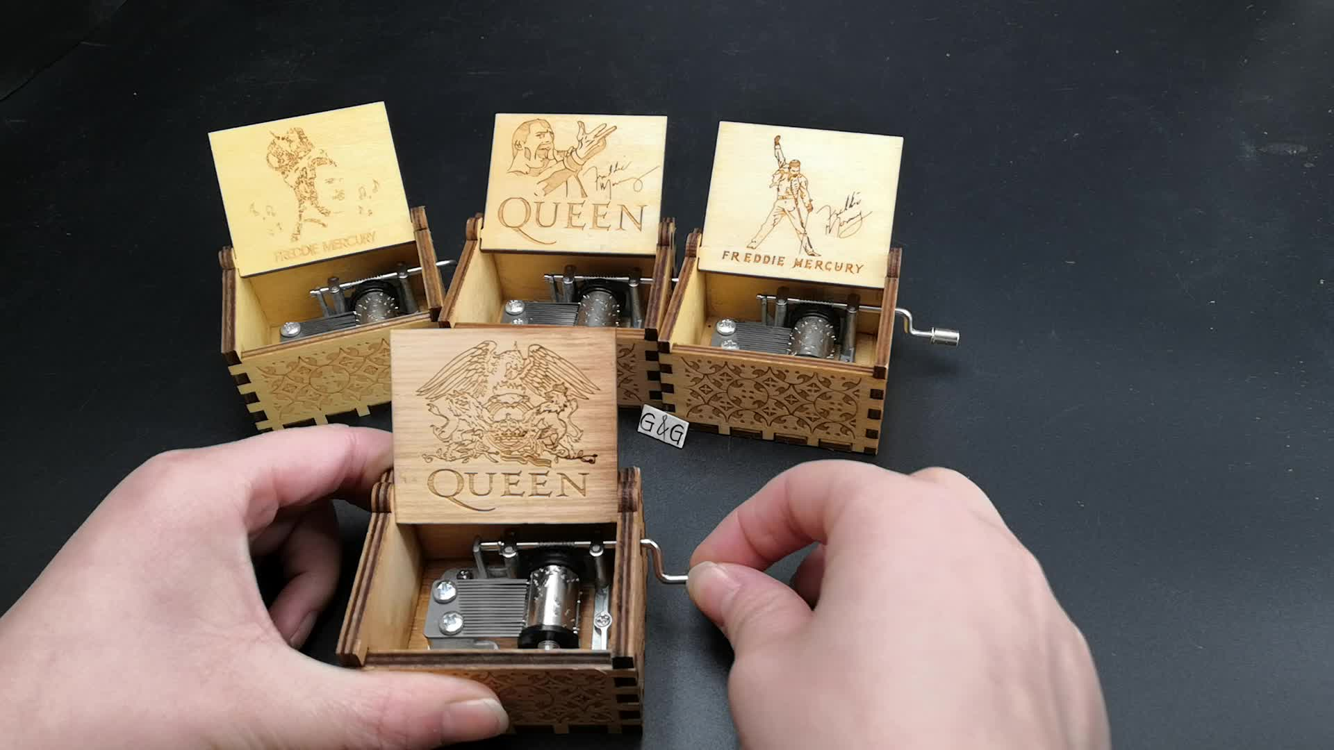 Wholesale Customizable Logo Box With Music Queen Music Box