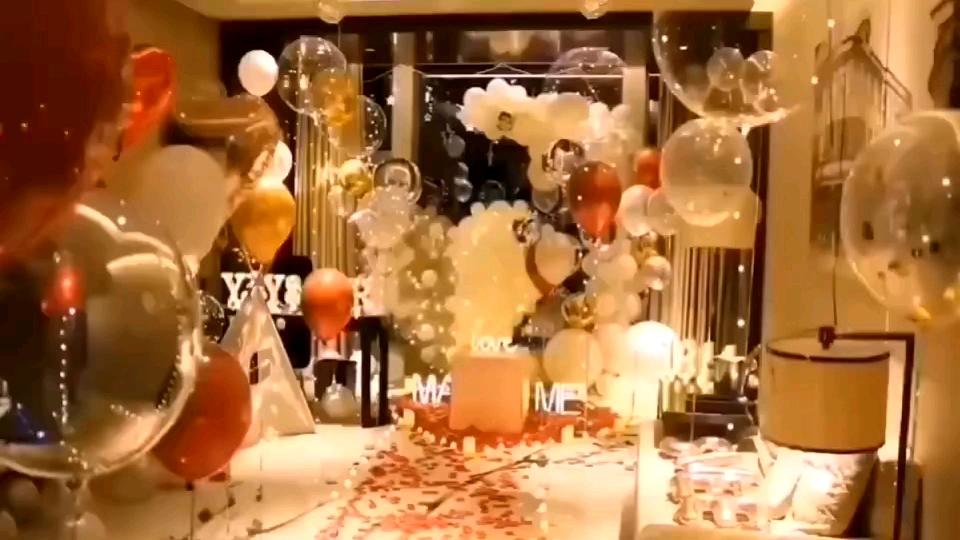 New design transparent 12 inch/18inch paper confeti latex ballons gold confetti balloons in China