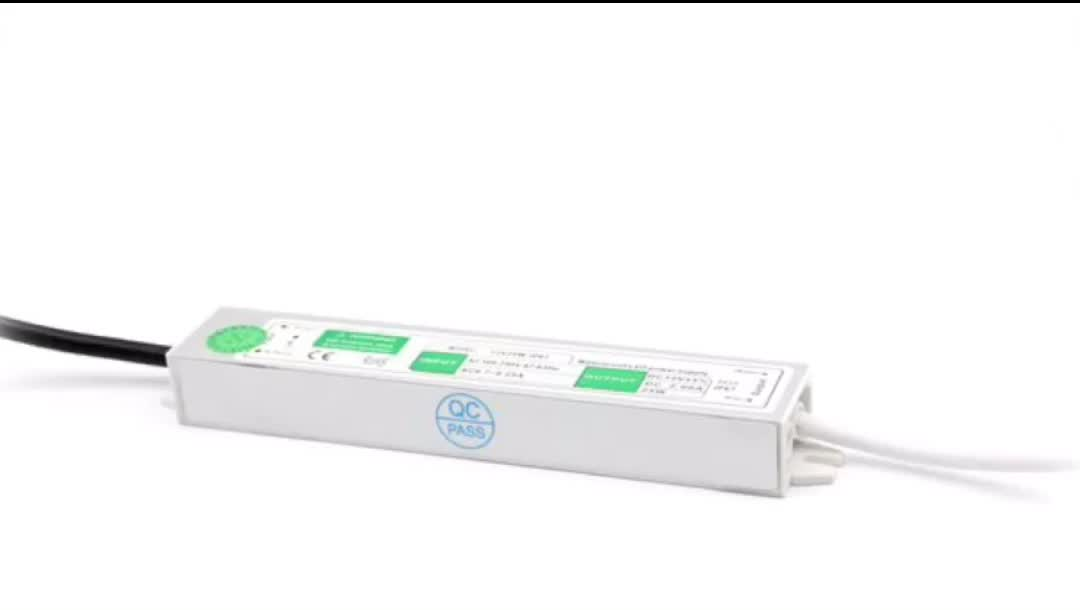 IP67 Design For Indoor Or Outdoor Waterproof Constant Voltage LED Driver 15W 24V