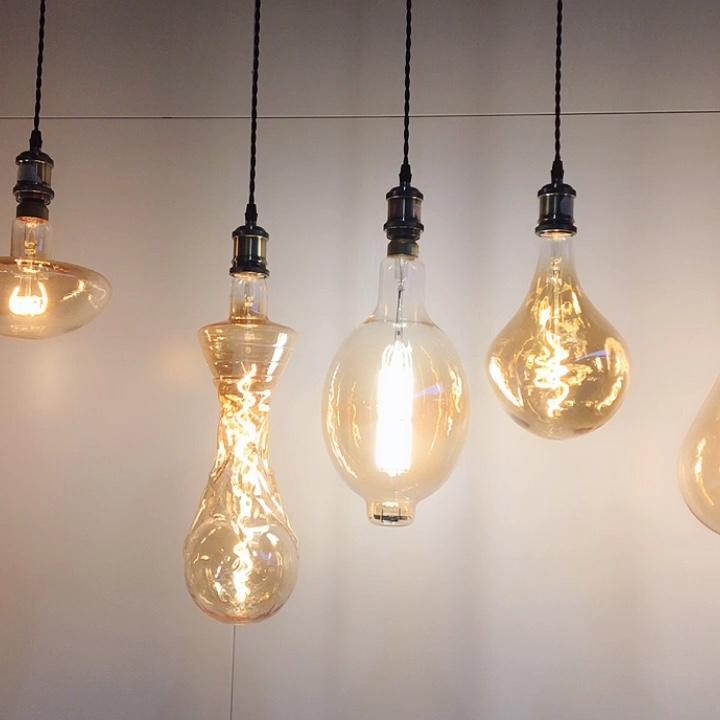 Retro edison led light soft 300mm flexible filament dimmable 2200k 110v/230v 2.4w love word design g125 led filament bulbs