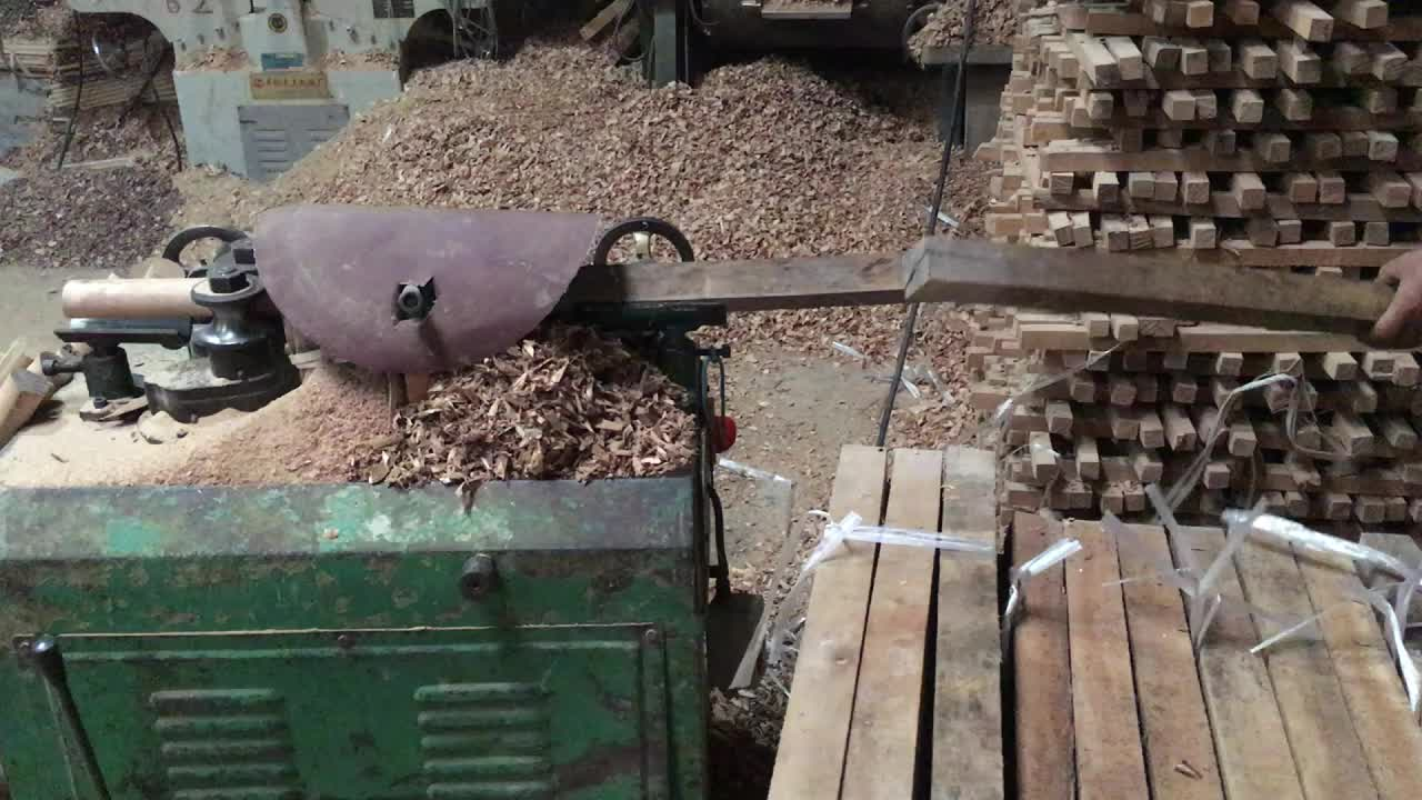 Mango de madera