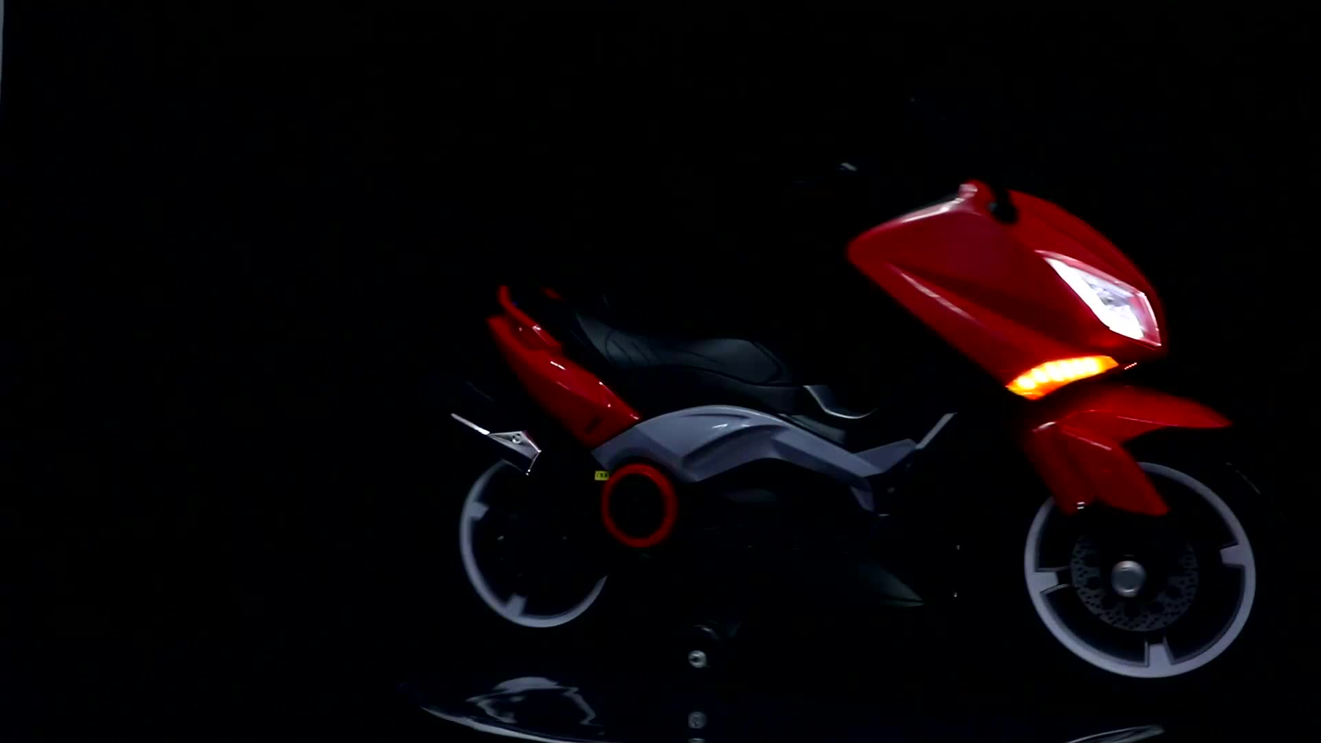 Nhựa giá rẻ trẻ em đồ chơi xe máy nhỏ/trẻ em xe máy điện cho bé