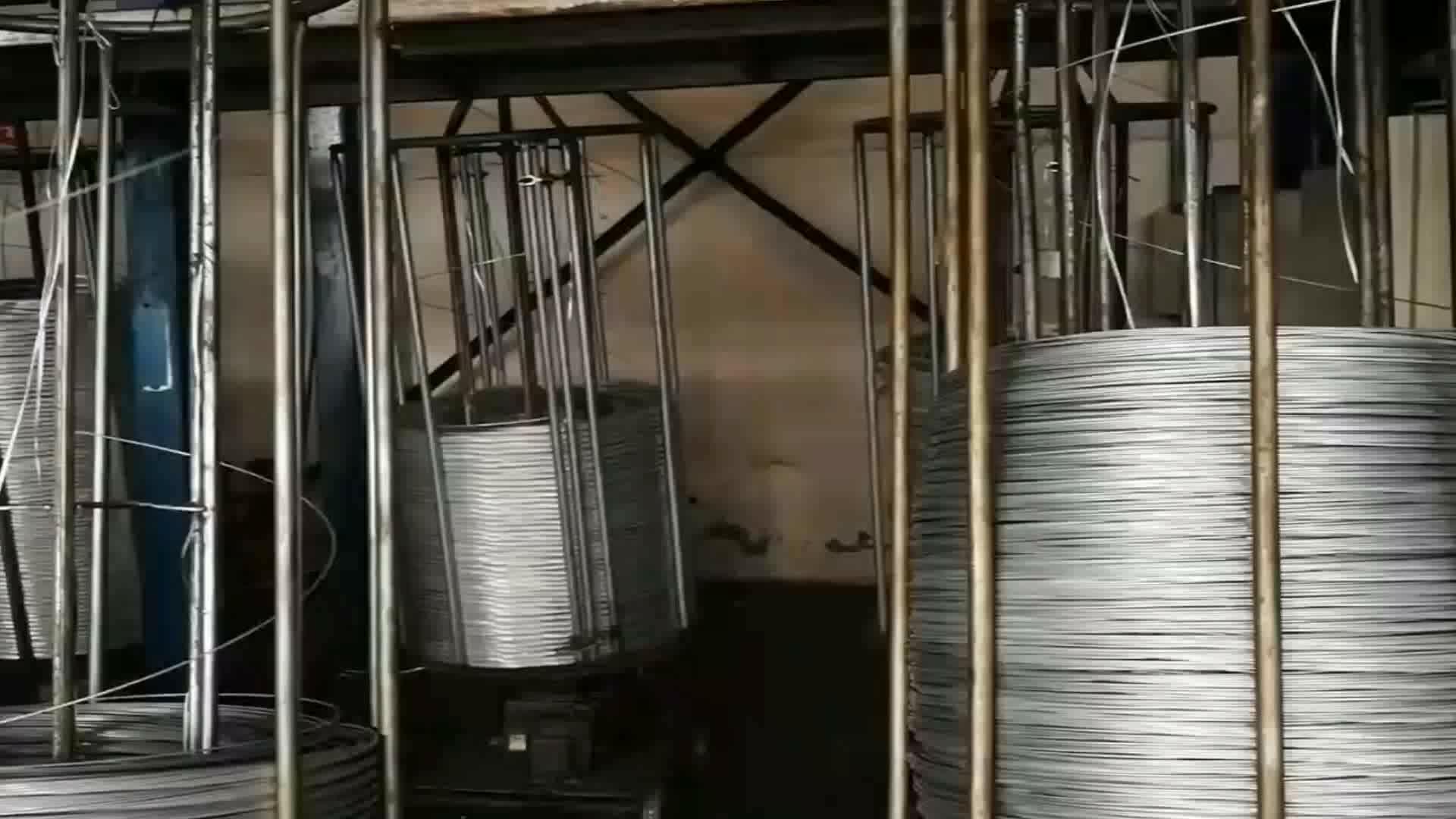 Nuevo diseño de hierro soldado máquina de fabricación de alambre galvanizado 4mm con gran precio