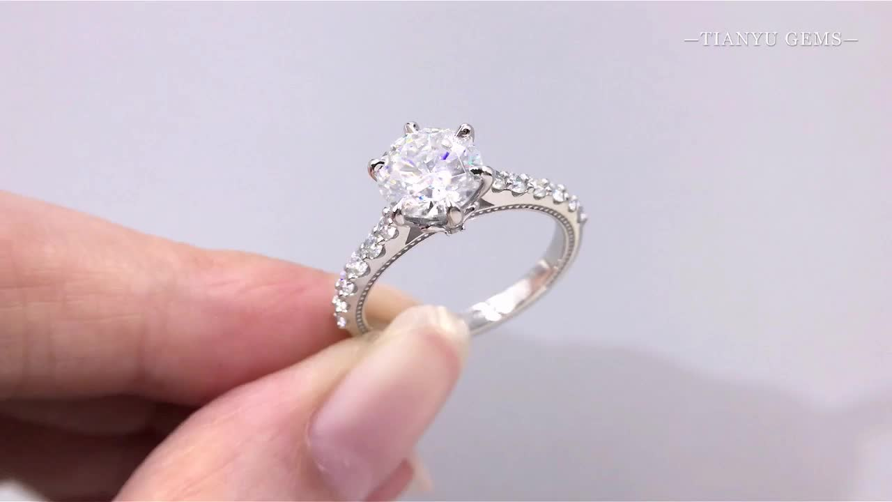 Six prong set 1.5ct solitaire forever one moissanite engagement gold rings with factory price