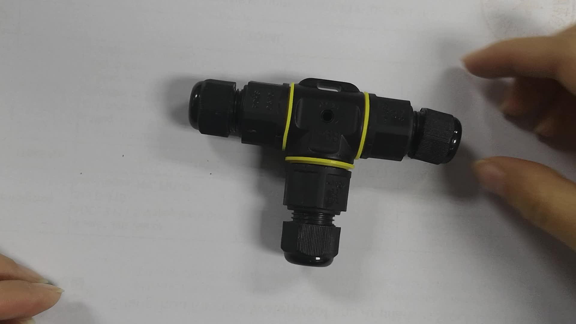 t type 2 pin 3pin junction connector with screw lock