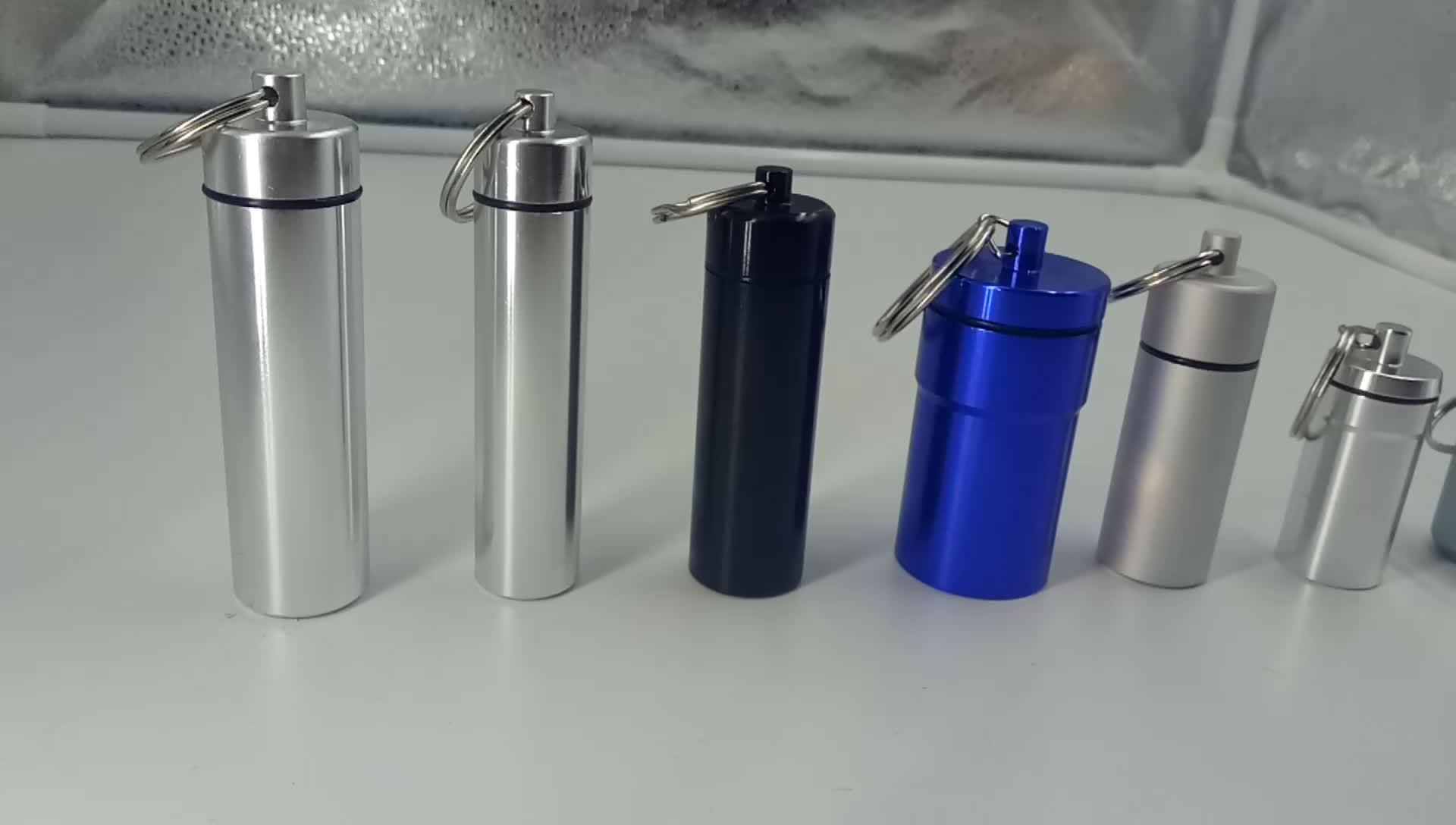 Groothandel aluminium waterfles met pillendoos sleutelhanger organizer reizen metalen pocket pil opbergdoos 7 day pill box