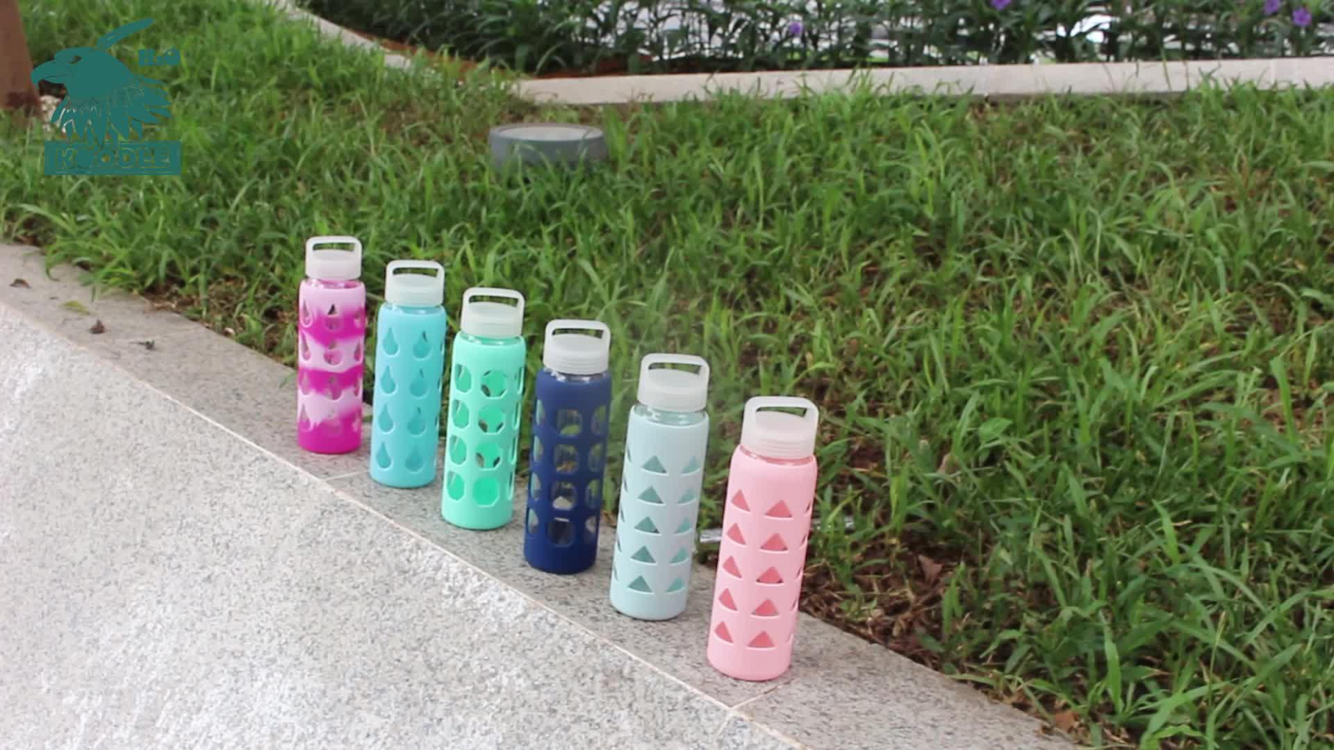 Fabrika tedarik BPA içermeyen Cam Su Şişesi, kolay taşıma saplı 600ml