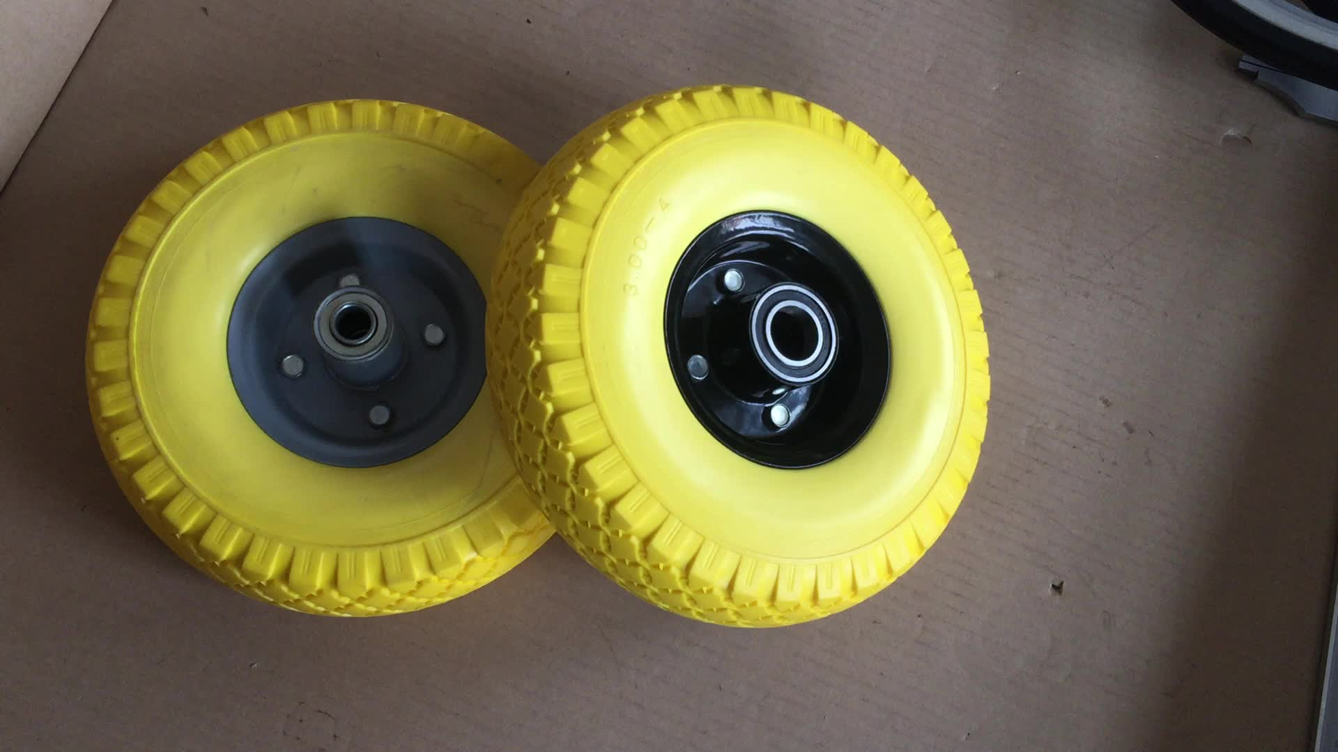 PU Solid Tire With Wheels And Braking Systems