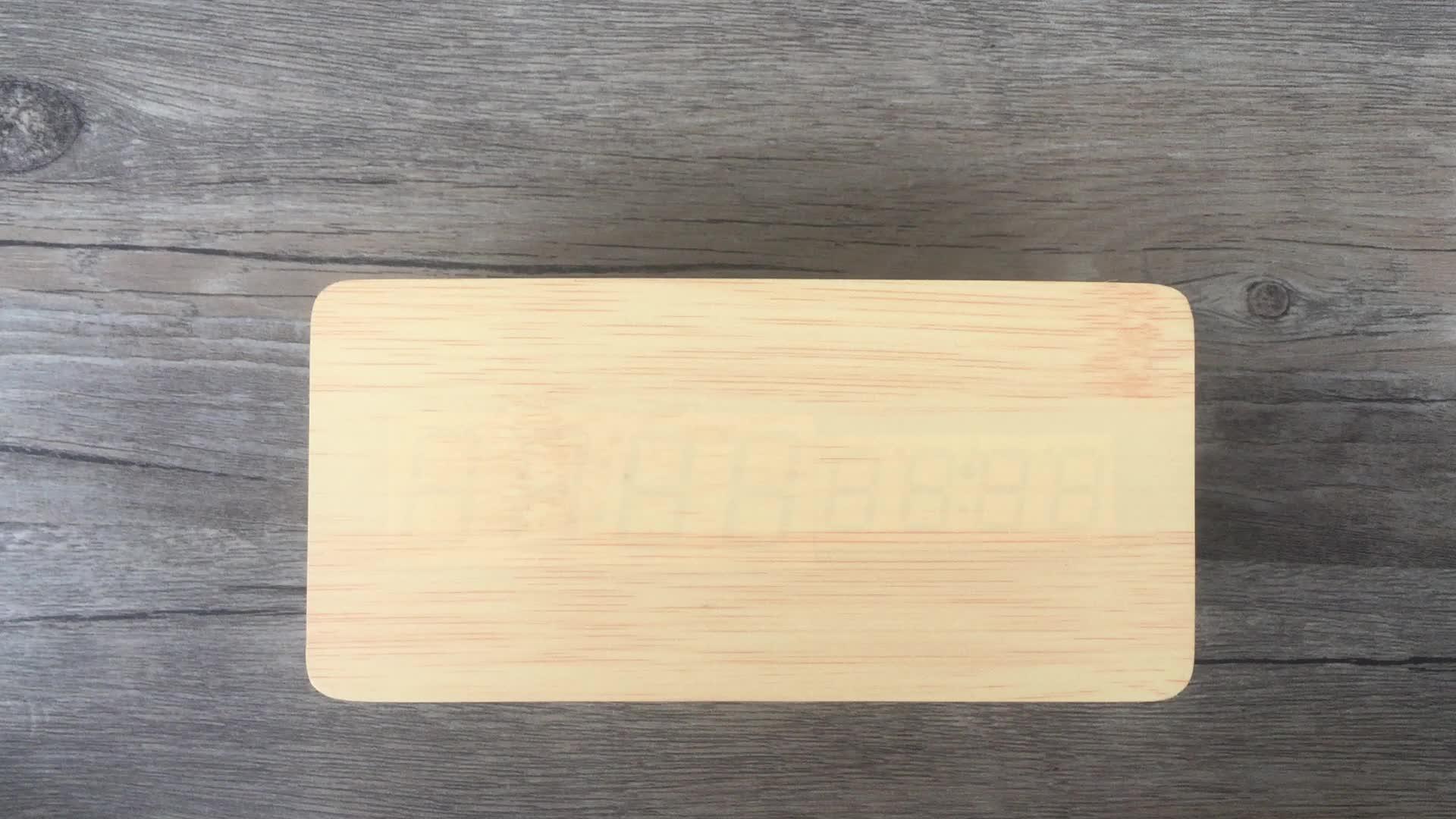 Goedkope bulk kerstcadeaus nieuwe hout digitale LED klok
