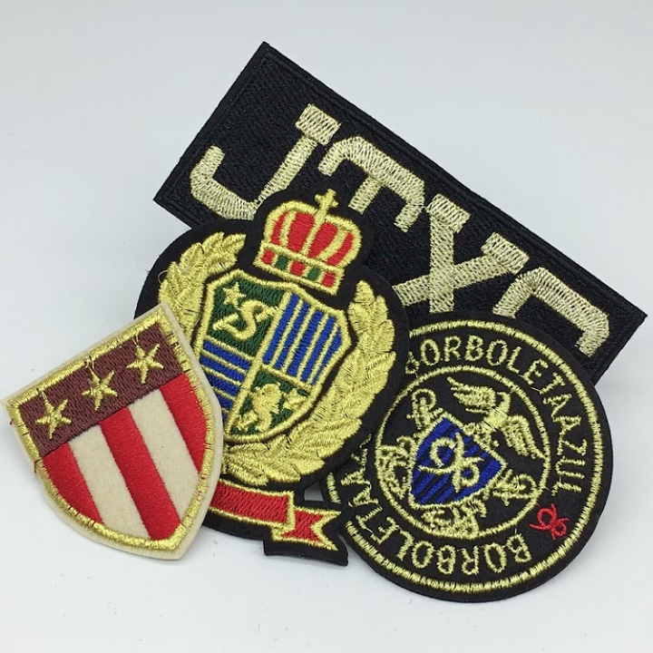 Custom Brand Merrow Border 3d Badge Embroidery Patch For Clothing