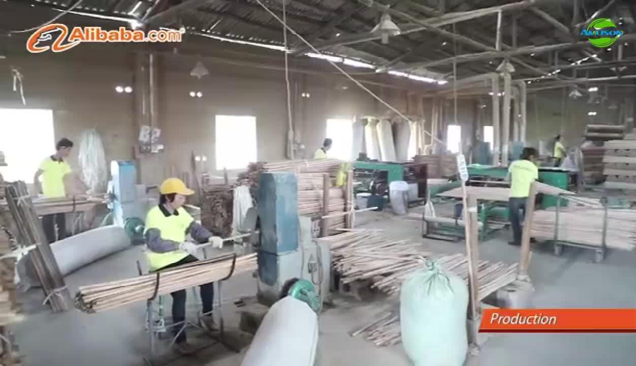 ขายส่งผู้ผลิตImporจากประเทศจีนธรรมชาติไม้ไม้กวาดจัดการยาวไม้ติด
