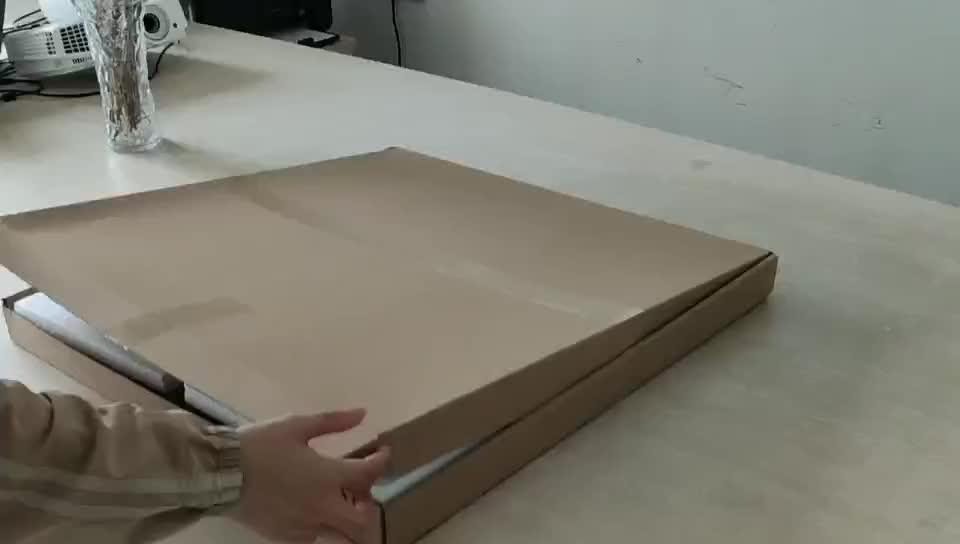 24-inch Số La Mã Mỹ Cổ Điển Retro Mộc Mạc Thủ Công Mỹ Nghệ Kim Loại Đồng Hồ Treo Tường