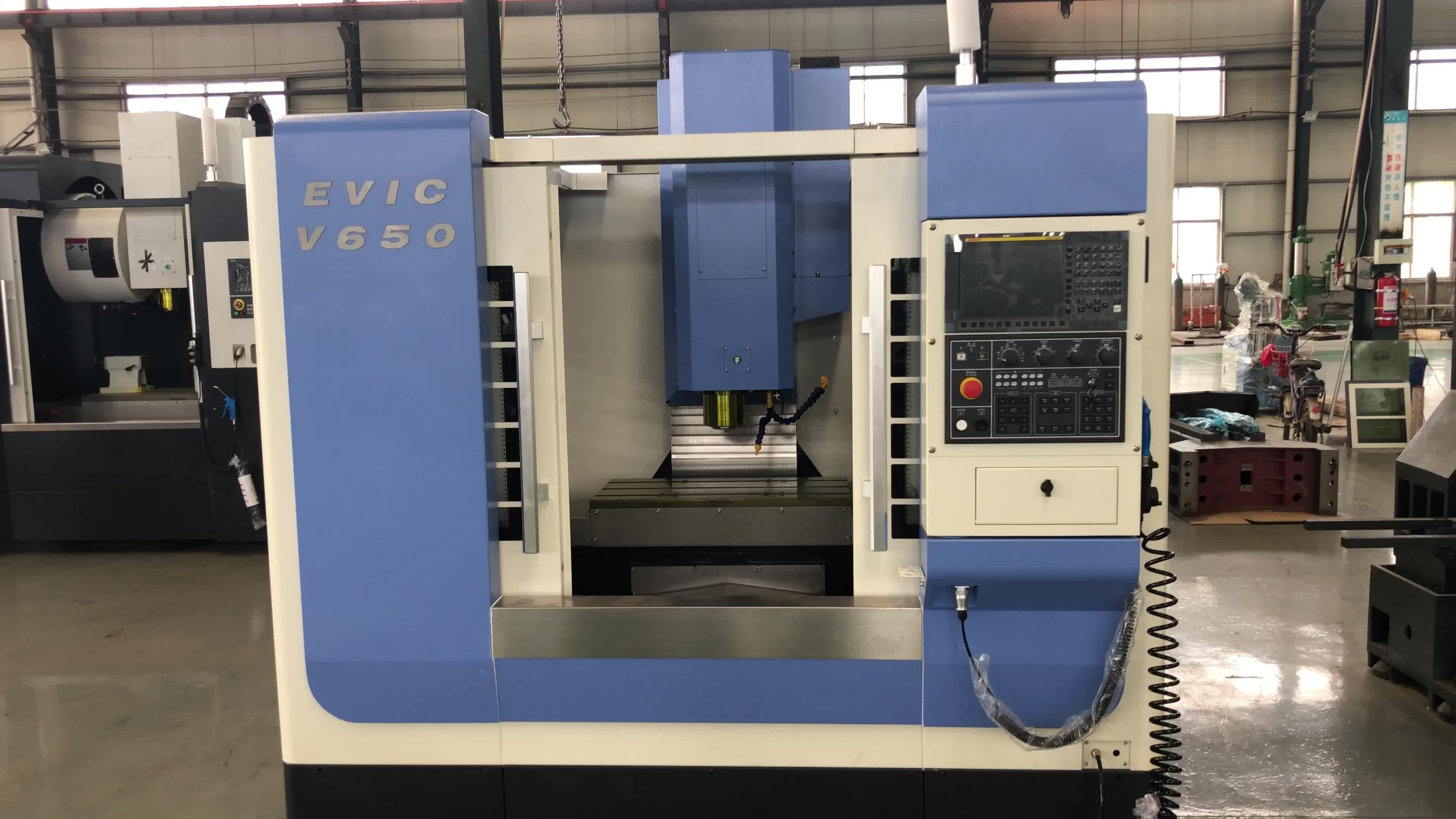 Vmc650 Hoge snelheid verticale bewerkingscentrum snijgereedschap voor freesmachine