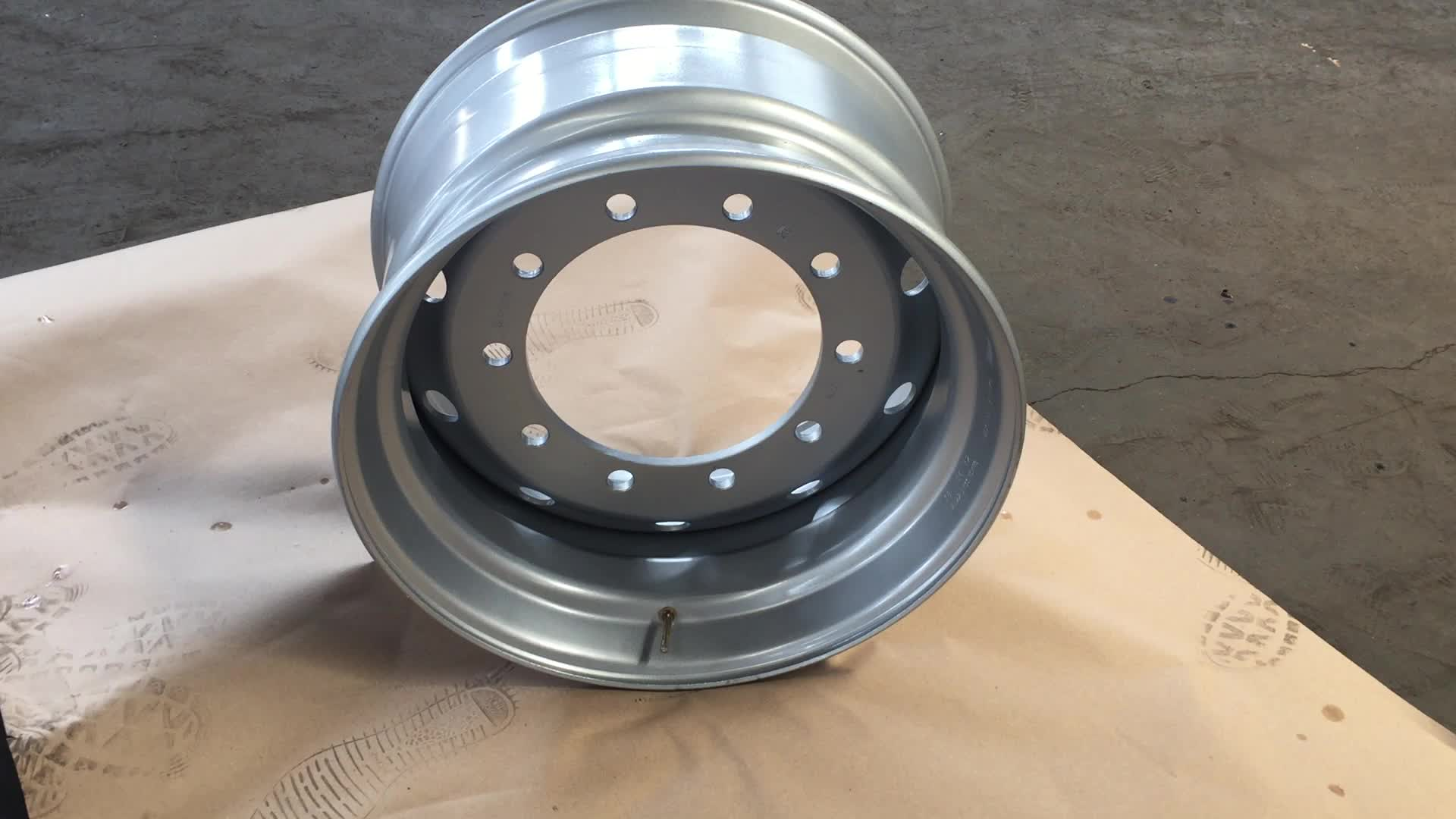 11.75*22.5 Truck Rims of Tubeless Steel According to IATF 16949 made in China