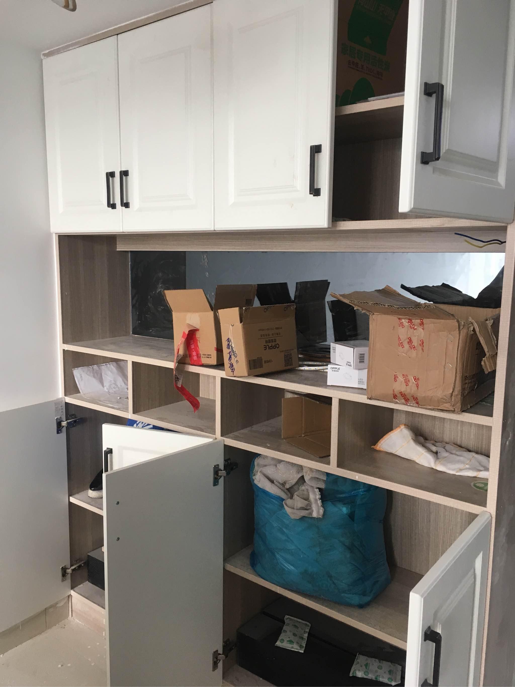 现在家里自己除甲醛也很方便,衣柜家具都能除