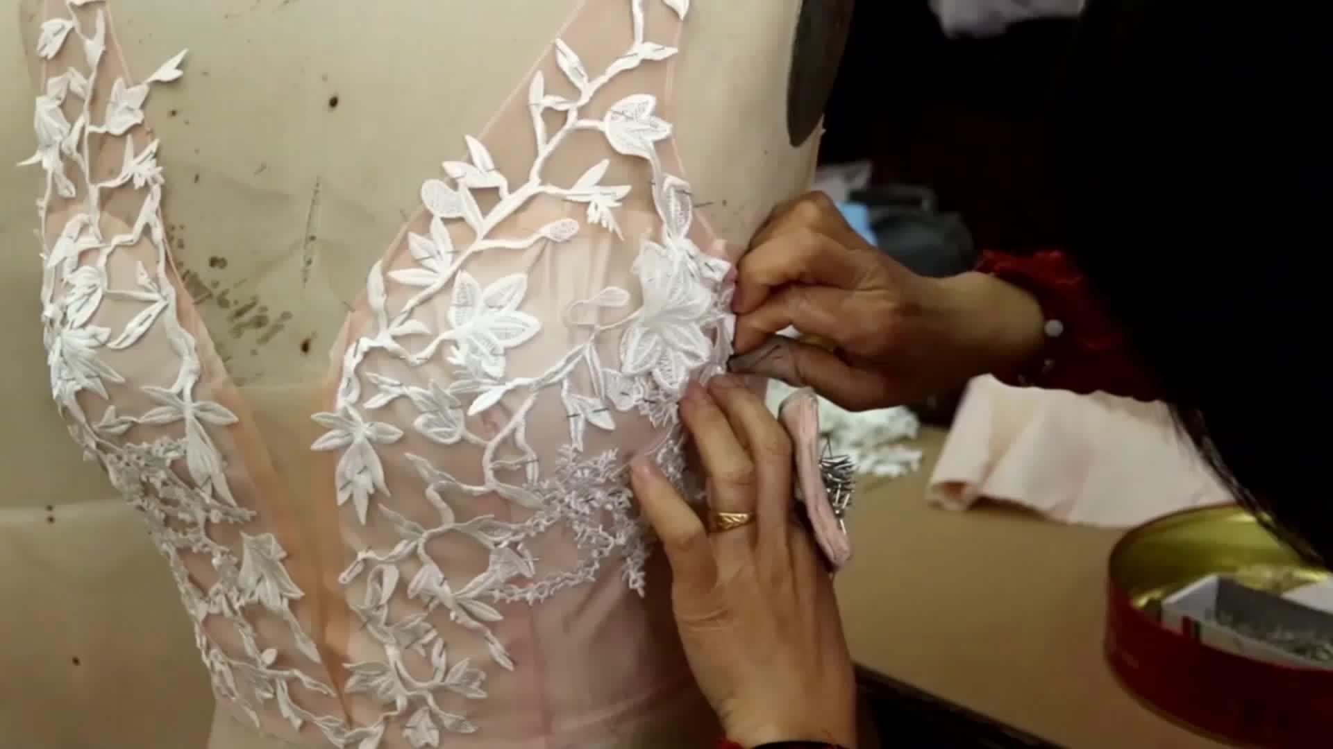 Vestidos de dama de honor al por mayor largo hasta el suelo vestidos de boda formales vestidos de dama de honor rubor