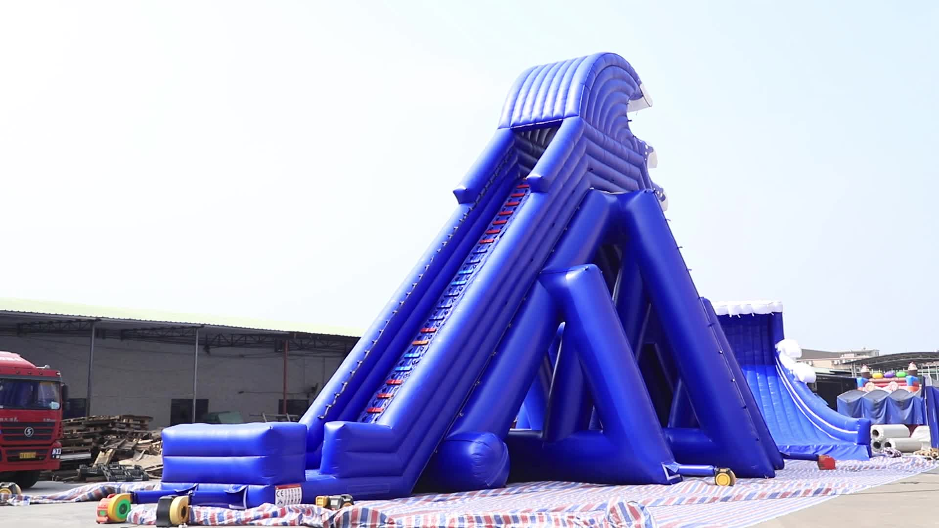 Professional TUV factory giant inflatable water slide, largest three lanes trippo slide