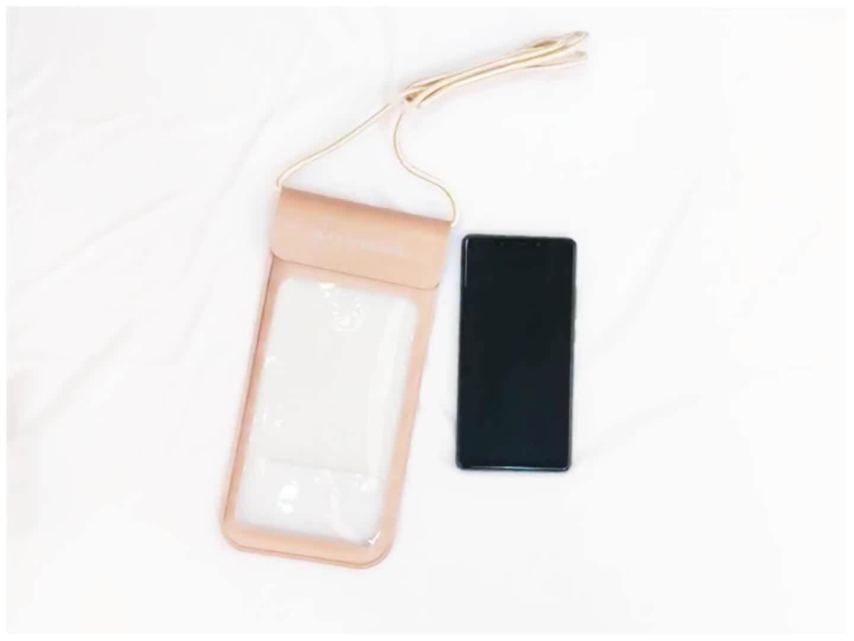 FREE SAMPLE Custom PU Waterproof Phone Bag Universal Dry Bag Waterproof Phone Case for cellphone up to 6.0 inch diagonal