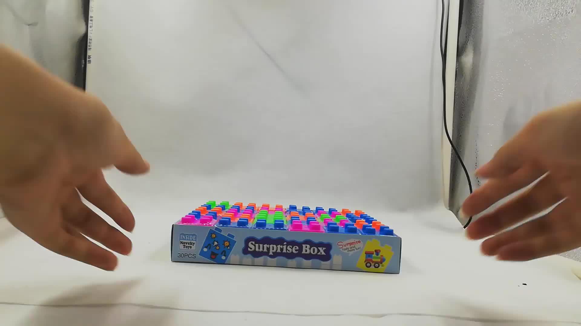 Scatola di pranzo del fumetto educativo giocattoli di puzzle di blocchi di costruzione del giocattolo della caramella con tablet caramelle