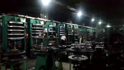Çin fabrika kaliteli motosiklet lastik en desen 3.50 10