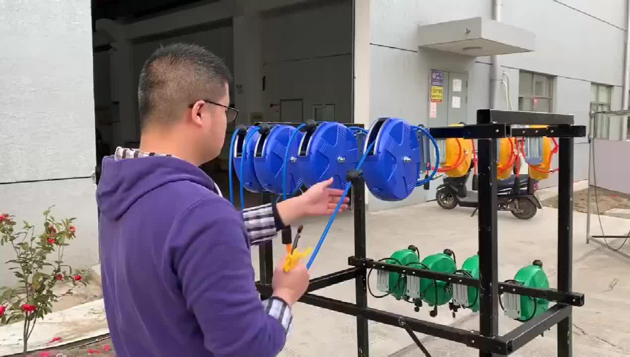 เครื่องซักผ้ารถยนต์อิสระปรับ Retractable รถซักผ้า Reel เครื่องมือทำความสะอาดรถ
