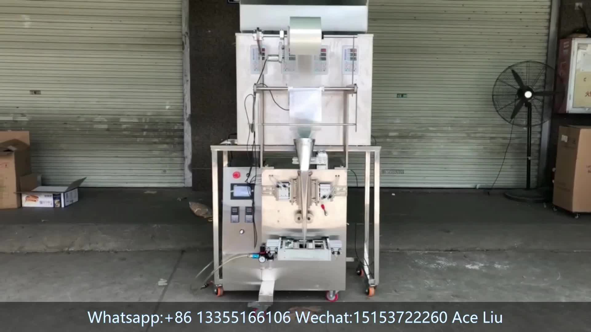 Machine d'emballage de pesage automatique de farine de maïs en poudre verticale machine d'emballage de nourriture d'arachide de noix
