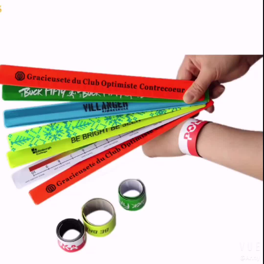 2018 OEM custom logo printing sport snap reflective metal slap bracelet