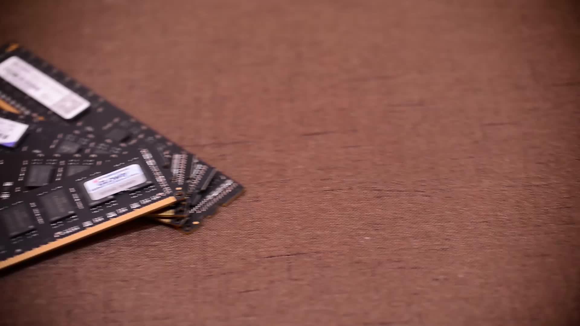 Лучшая цена завода настольных оперативной памяти ddr3 4 ГБ 1600 мГц части компьютера