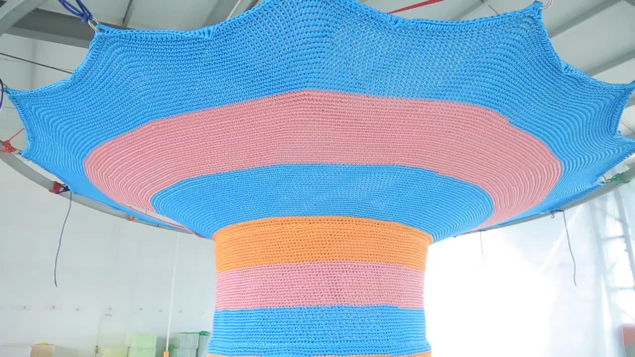 Kinderen outdoor speeltuin regenboog boom vermaakmateriaal