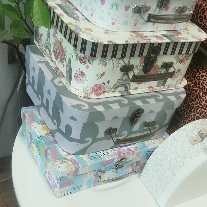 Mini cardboard suitcase box made in China