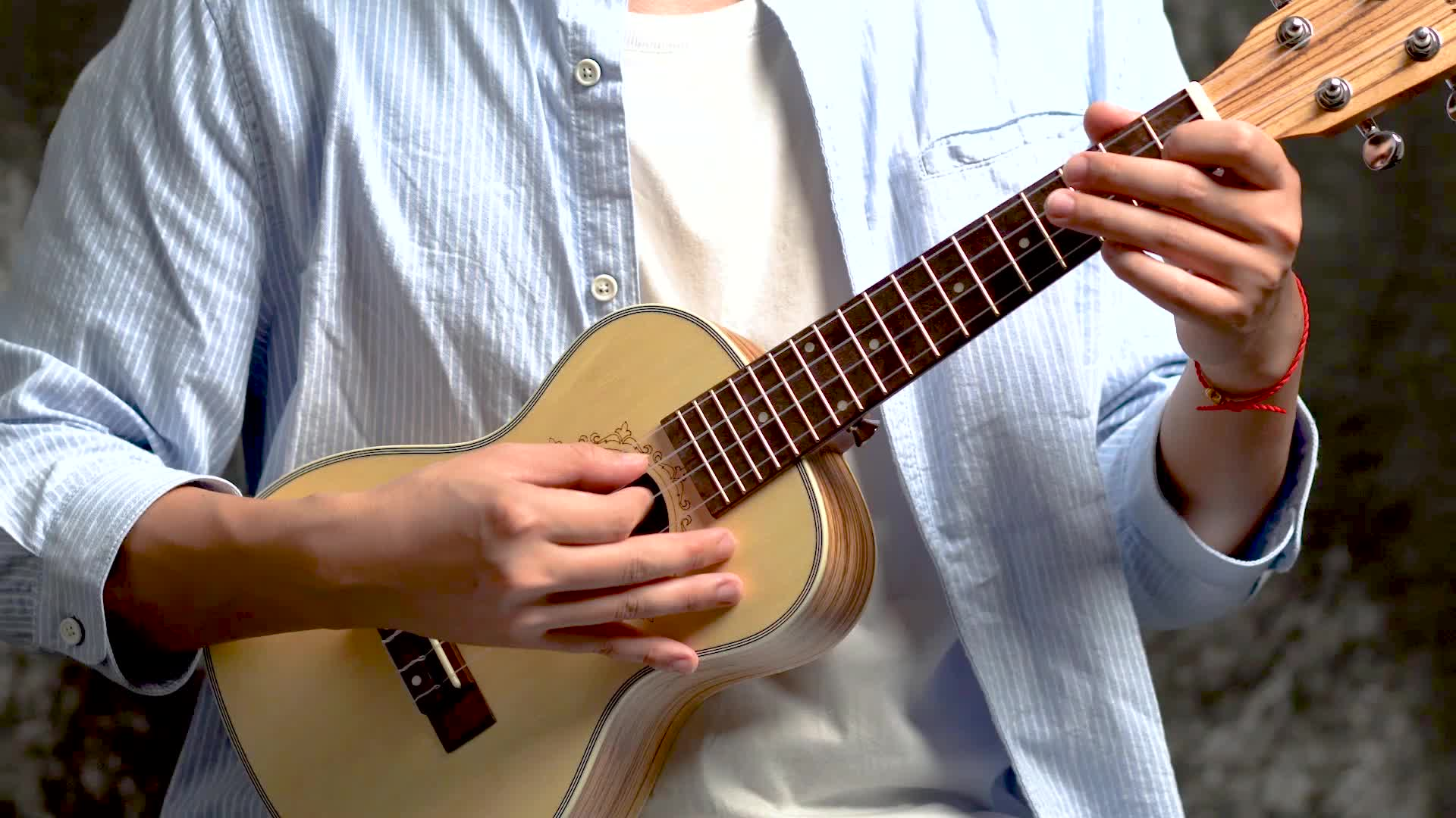 NAOMI 23 Inch Solid Spruce 4 String Hawaii Gitaar Concert Ukulele
