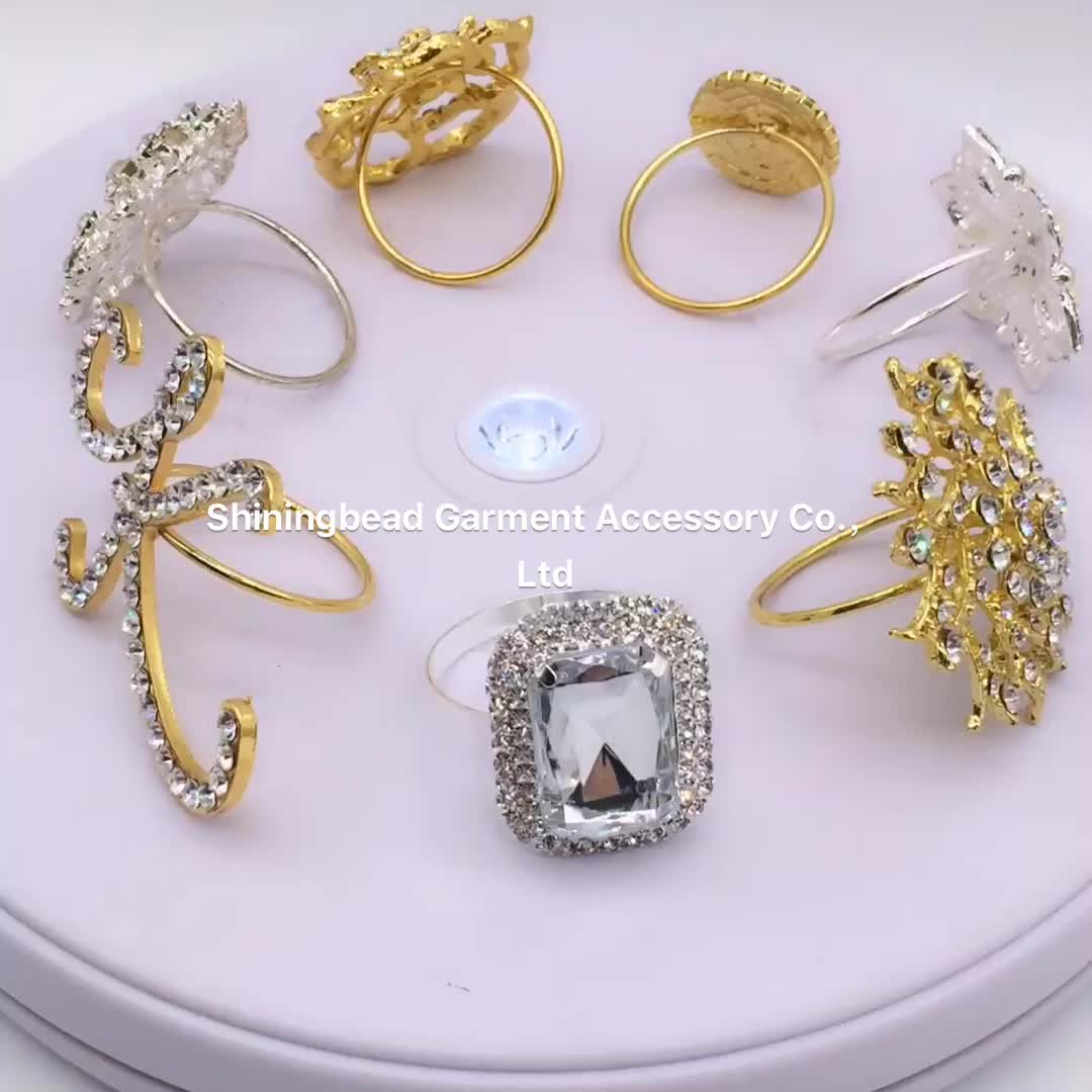 Elegant Crystal butterfly wedding napkin ring for table decoration with rhinestone in silver