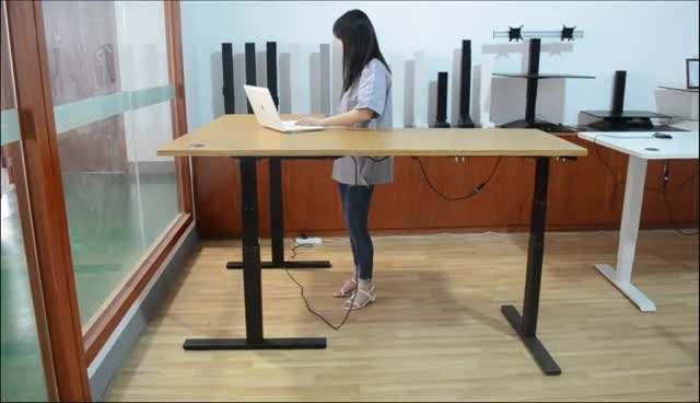 3 Legs 3 motors L shape Electrically Adjustable Height Office Standing Desks