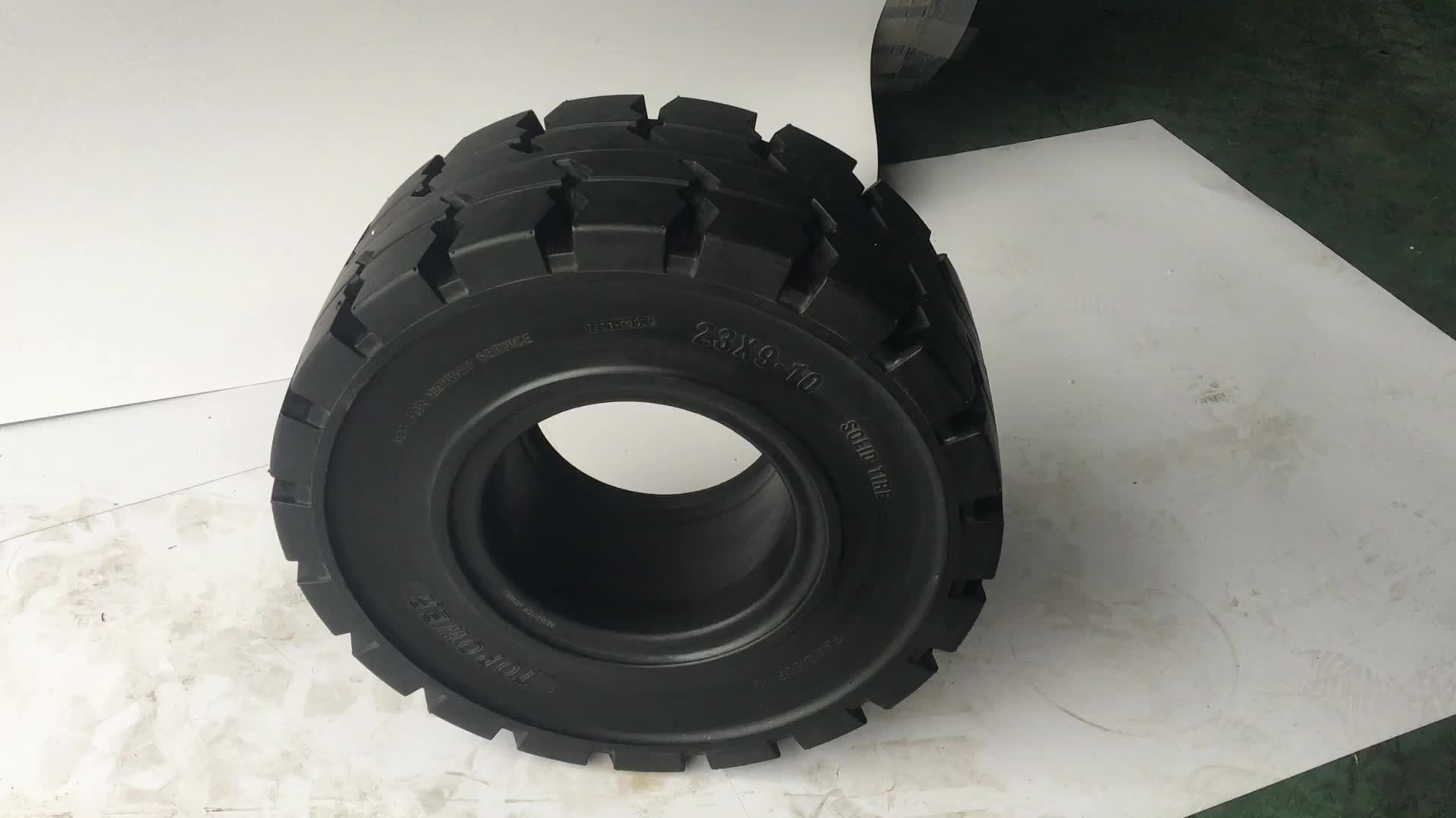 China Forklift Solid Rubber Tire 23x9-10 For Linde