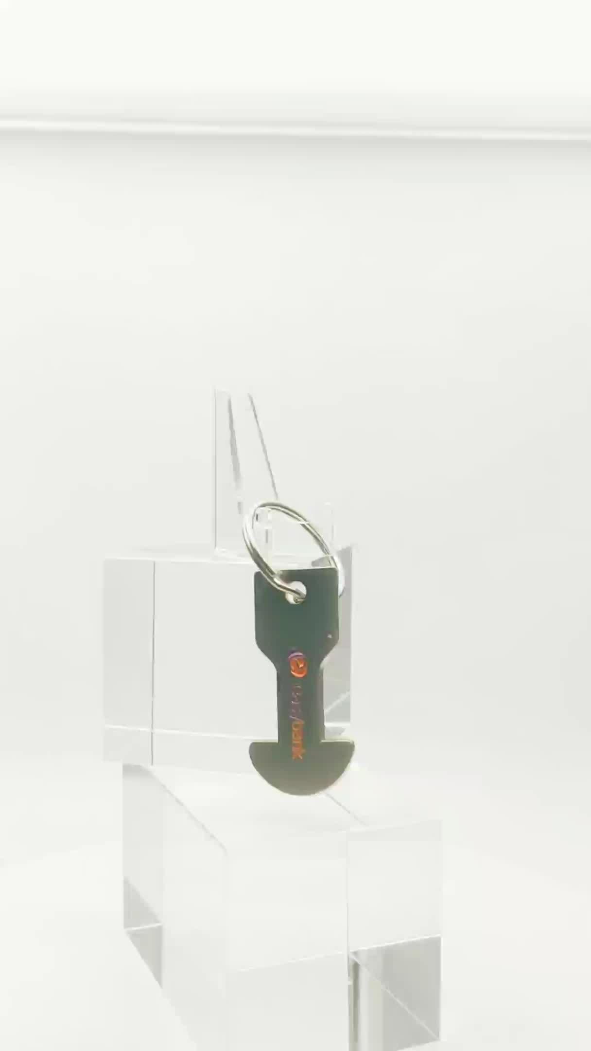 Personalizado keychain do pvc artgifts lembrança 3D personalizado keyring silicon keychain anel de metal macio pvc keychain para telefone / saco