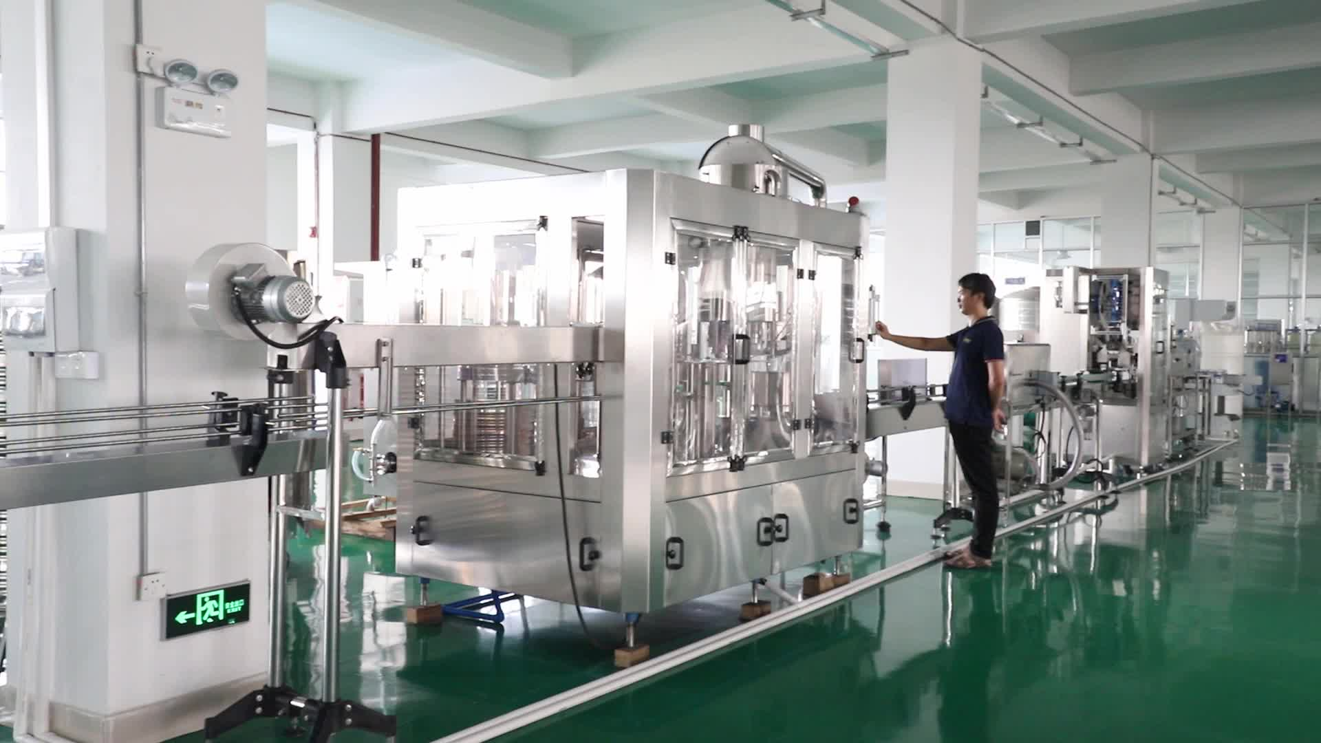 Factory Price Full Automatic 3 in 1 Monoblock Plastic PET Bottle Pure Water Filling Machine