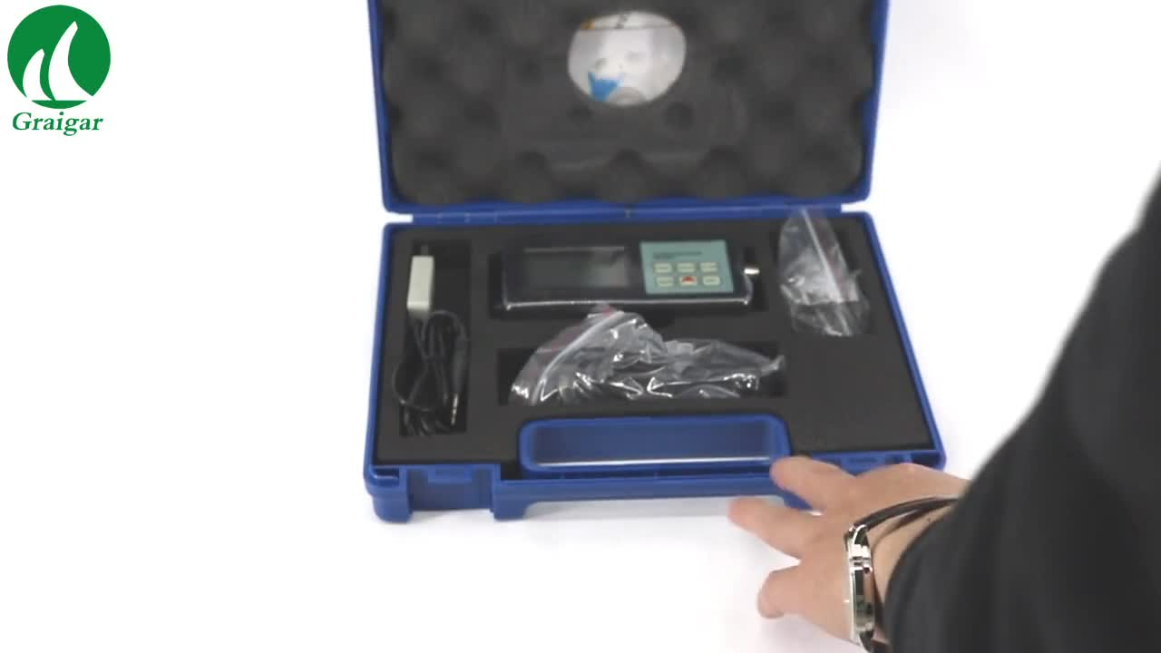 VM-6360 Digital Vibration Meter Tester Vibrometer with CD Software and RS232 Cable Fast Shipping