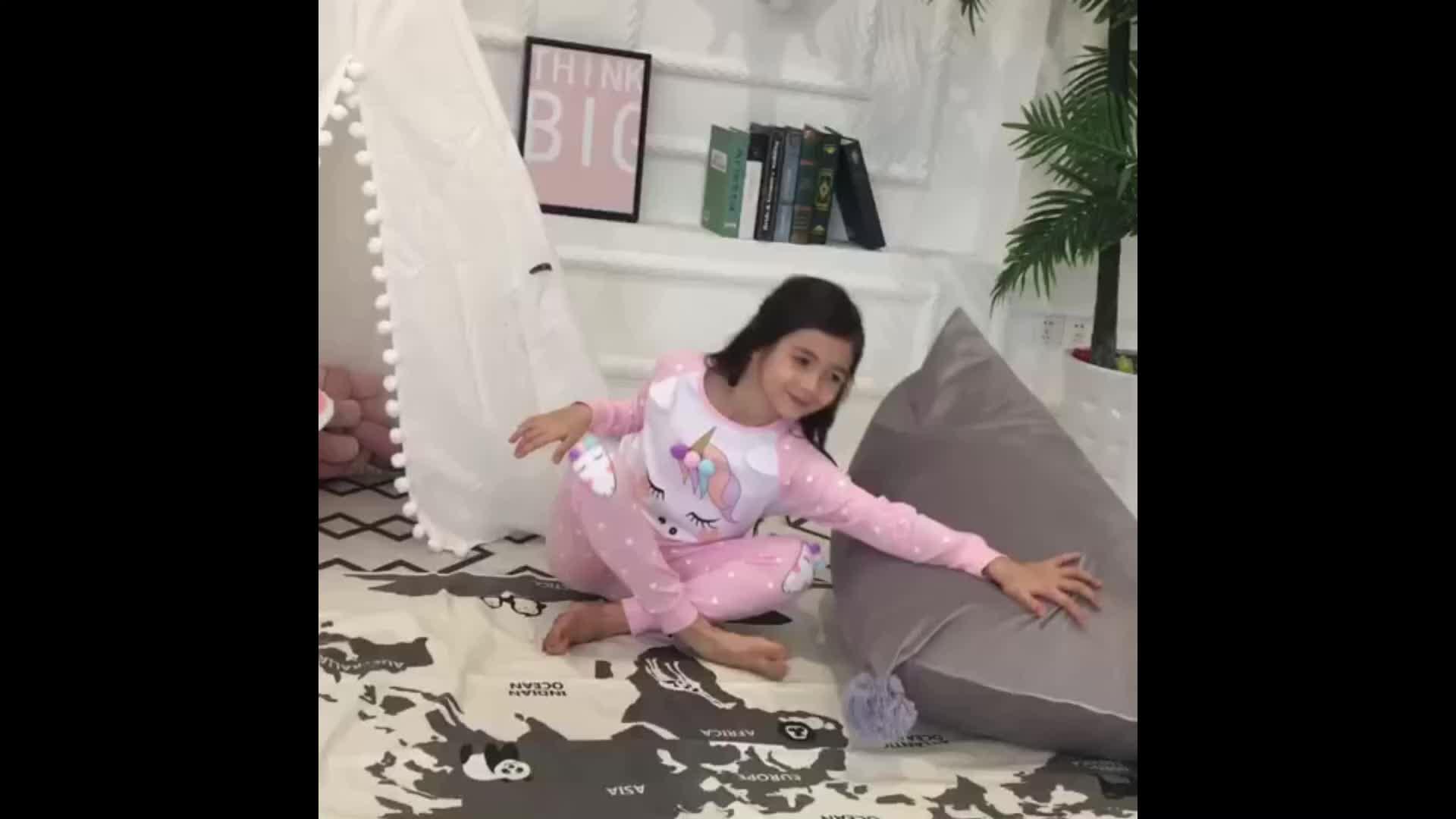 เด็กสาวชุดนอน Unicon ชุดนอนเด็กสาวชุดนอน