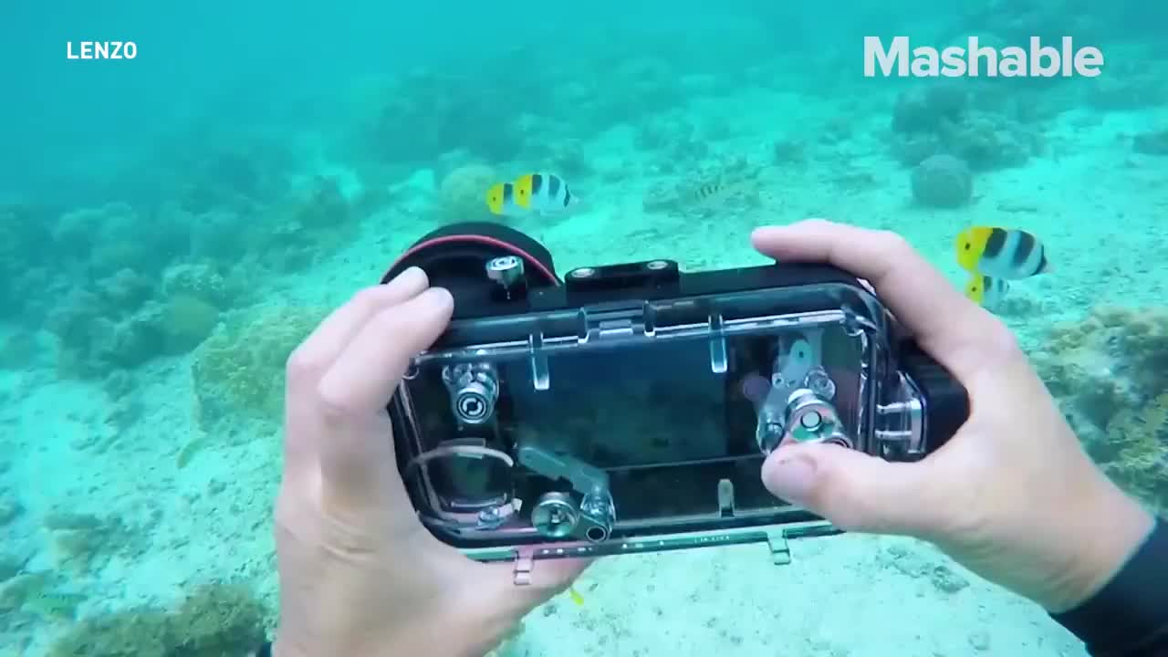Meikon Smartphone Waterproof Photo Housing for Samsung S5 , for iphone xs mas working  with 32mm fisheye adaptor to connect