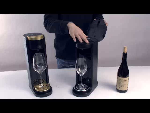 Wholesale Plastic Wine Novelty New Instant Bottle Wine Decanter