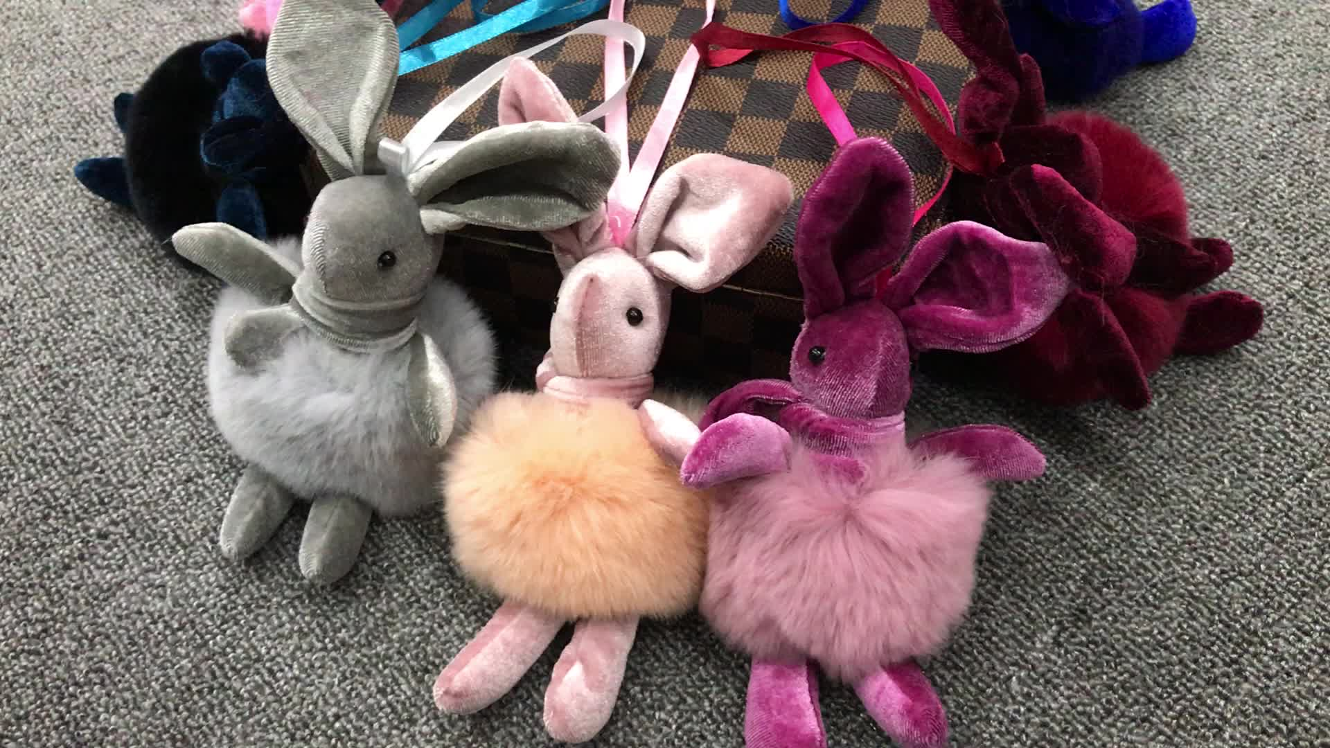 18เซนติเมตรยาวขนาดใหญ่น่ารักปุยกระต่ายพวงกุญแจกระต่ายเร็กซ์ขนกระต่ายสำหรับกระเป๋าและที่สำคัญแหวน