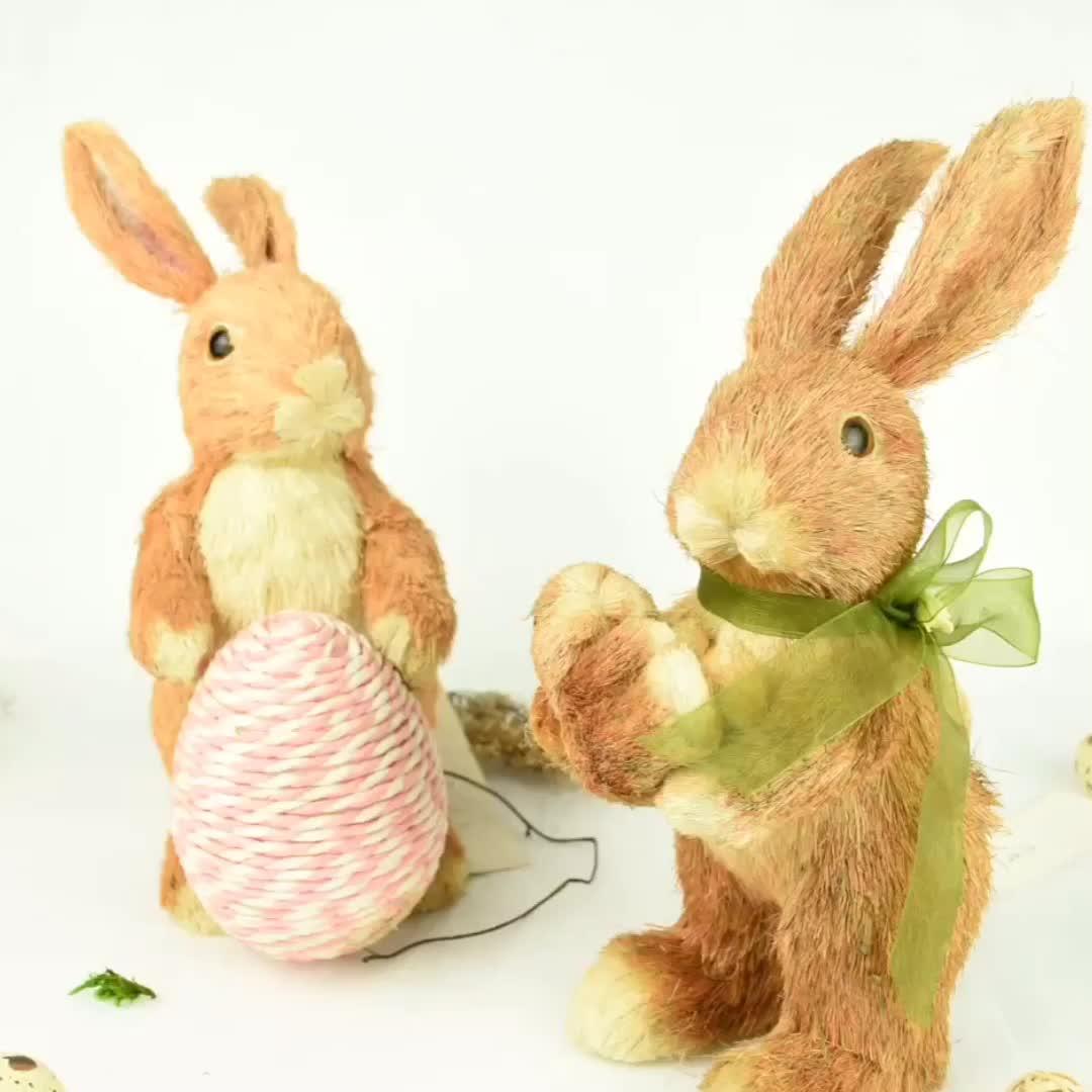 ป่าธรรมชาติวัสดุ BSCI FSC handmade ตกแต่งอีสเตอร์กระต่ายตกแต่งถือไข่ฟางอีสเตอร์กระต่าย