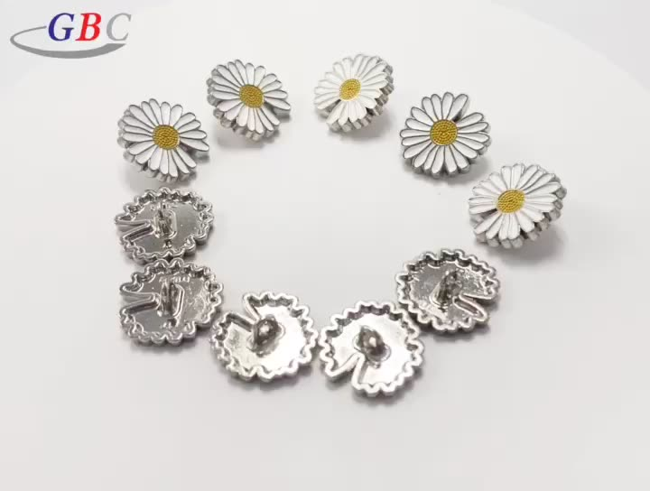 Wholesale alloy round shape small daisy button for clothing decoration