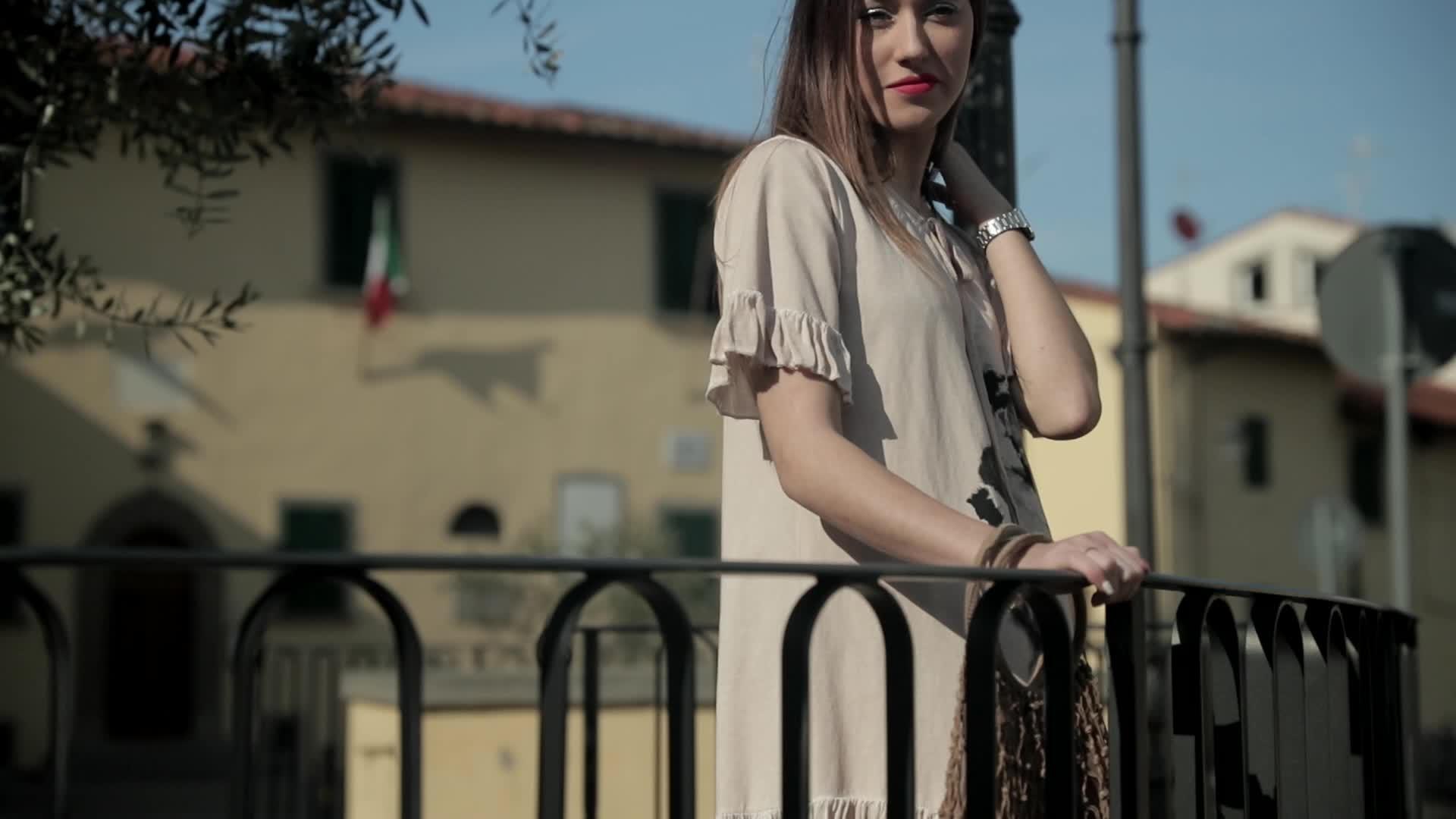 Sweetissima Donne Casuali di Colore Solido del Panno Del Manicotto Dell'increspatura Del Manicotto Del Bicchierino del Vestito Per L'estate