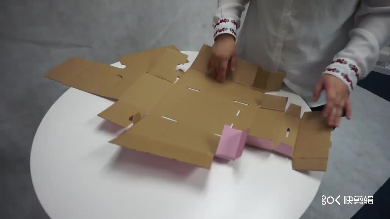 Cheaper customized  cardboard display boxes for sweets